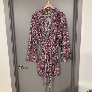 Pink Leopard Ulta L/XL Plush Lounge Robe